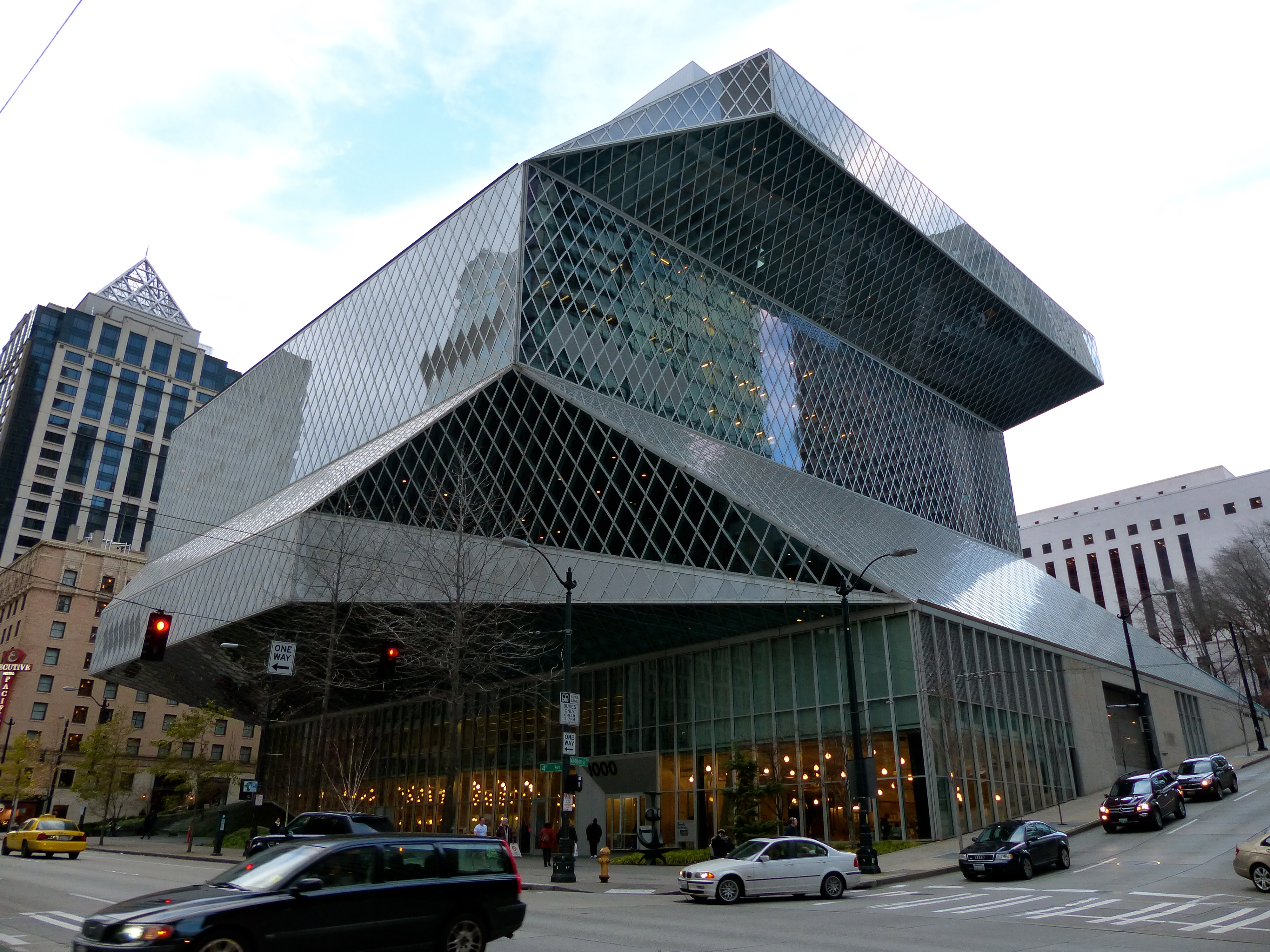 Seattle Central Library   Lidia The Explorer