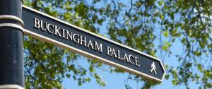 Buckingham Palace, London, England, sign