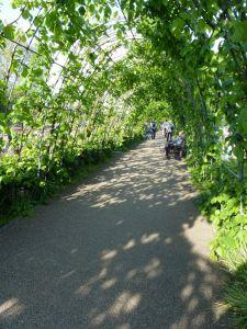 garden arch, gardens, Kensington Gardens, London, England