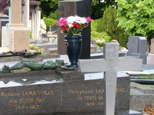 Pierre Lachaise, 20th arrondissement, Paris, France, cemetery, R.I.P., Edith Piaf