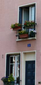19th arrondissement, Quartier de la Mouzaia, Paris, France, window, door, pink façade, pink building