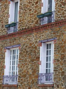 19th arrondissement, Quartier de la Mouzaia, Paris, France, red brick, lavender, window, door, building