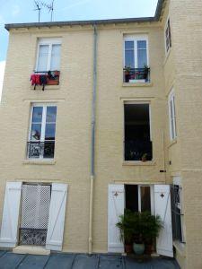 12 Rue de la Liberté, Paris, France, Quartier Mouzaia, courtyard, windows, Paris, France