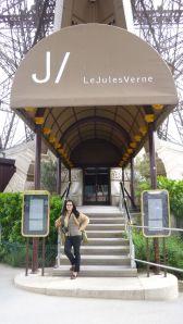 péniche, Soleil, River Seine, 7th arrondissement, houseboat, boat, Paris, France, quay, river, Eiffel Tower, Le Jules Verne, view, food, Parisian restaurant
