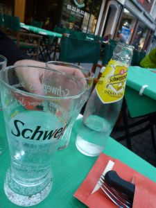 Schweppes, tonic water, Amiens, France, Via Pizza