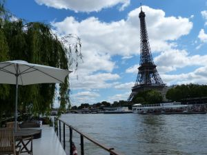 péniche, Soleil, River Seine, 7th arrondissement, houseboat, boat, Paris, France, quay, river, Eiffel Tower, weeping willow, boat deck, deck