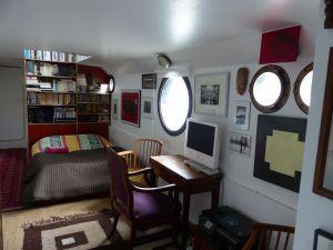 péniche, Soleil, River Seine, 7th arrondissement, houseboat, boat, Paris, France, quay, river, Eiffel Tower, bedroom