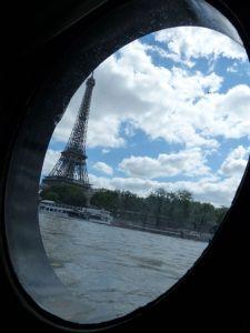 péniche, Soleil, River Seine, 7th arrondissement, houseboat, boat, Paris, France, quay, river, Eiffel Tower, porthole, galley, kitchen