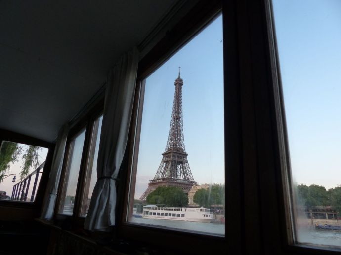 Eiffel Tower, 7th arrondissement, péniche, houseboat, Paris, France, River Seine, window, room with a view