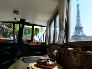 6th arrondissement, River Seine, houseboat, péniche, Paris, France, Port Debilly, deck