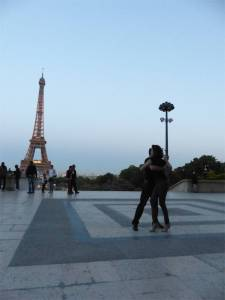 Paris, France, Eiffel Tower, 7th arrondissement, tango dancers